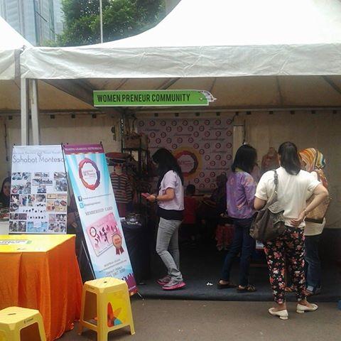 Ayo hadiri Sahabat Montessori di stand Womenpreneur Community, Parkir Selatan Senayan.. Kami menyedi...